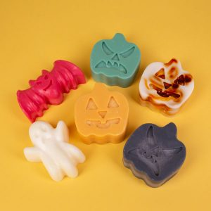 Halloween Wax Melts by Scentsational Aromas | Saint Helens, OR